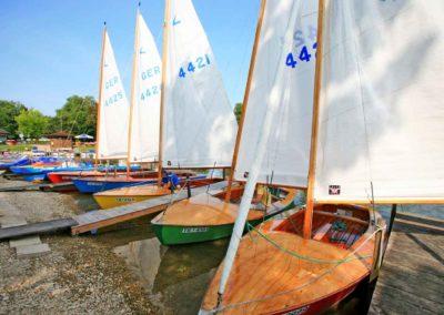 Segelboot-Flotte Bootsverleih Schwarz